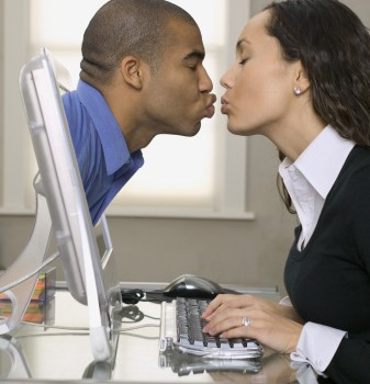 employees dating, office romance, workplace dating, dating coworker